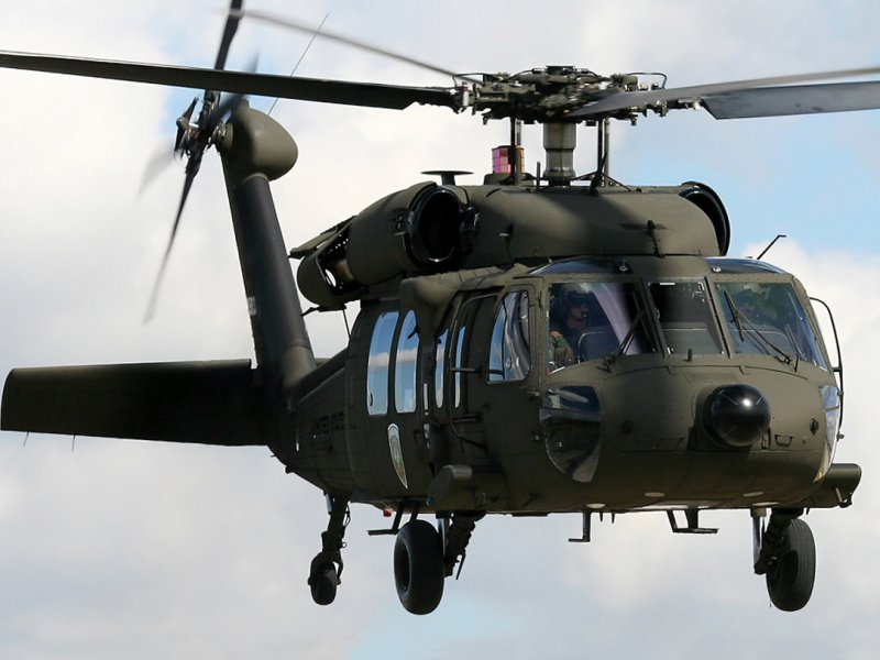 UH-60 BLACK HAWK (США)